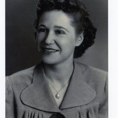 Charlotte  Kemp