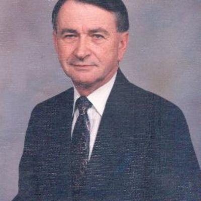 Thomas  Sholar