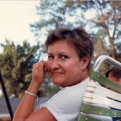Rhonda  Junkin