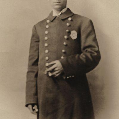 William  Stratton