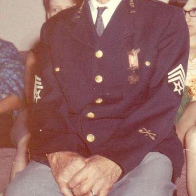 Charles  Kubitzky