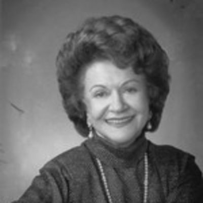 Harriet  Irsay