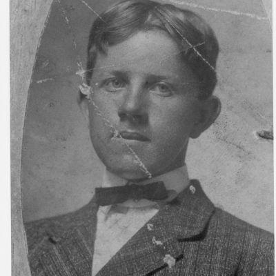 Chauncey  Owens