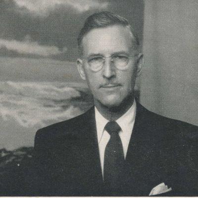 Harry  Ballinger