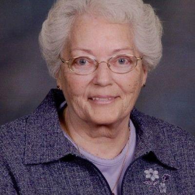 Jacqueline  Snyder