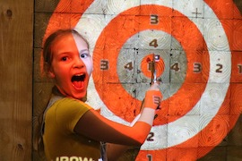 axe throwing 4
