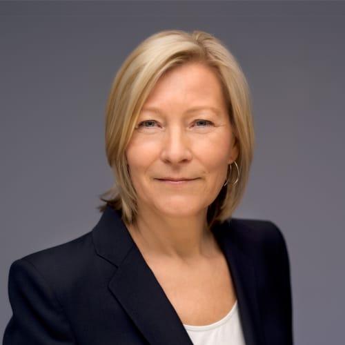 Ingeborg Flønes - CV kuva - 800x800