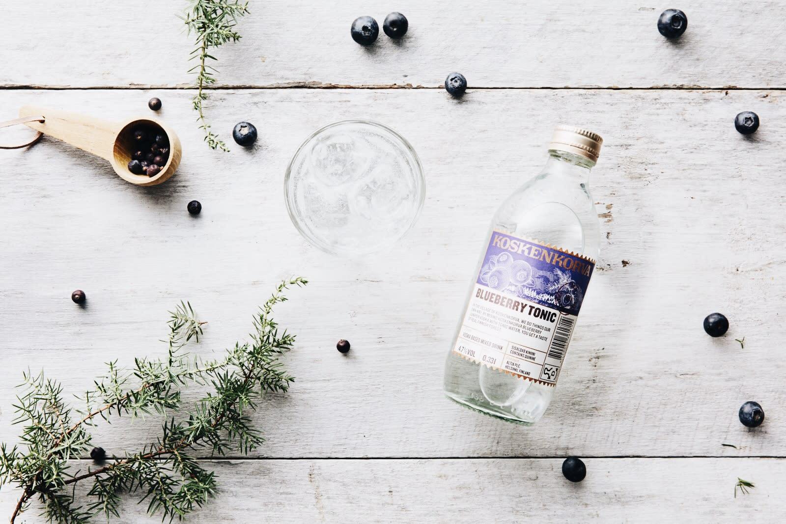 Koskenkorva Blueberry Tonic, Blueberries and Rosemary