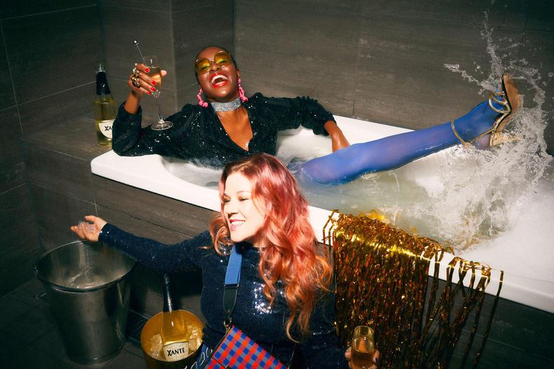 Xante party ladies bathtub