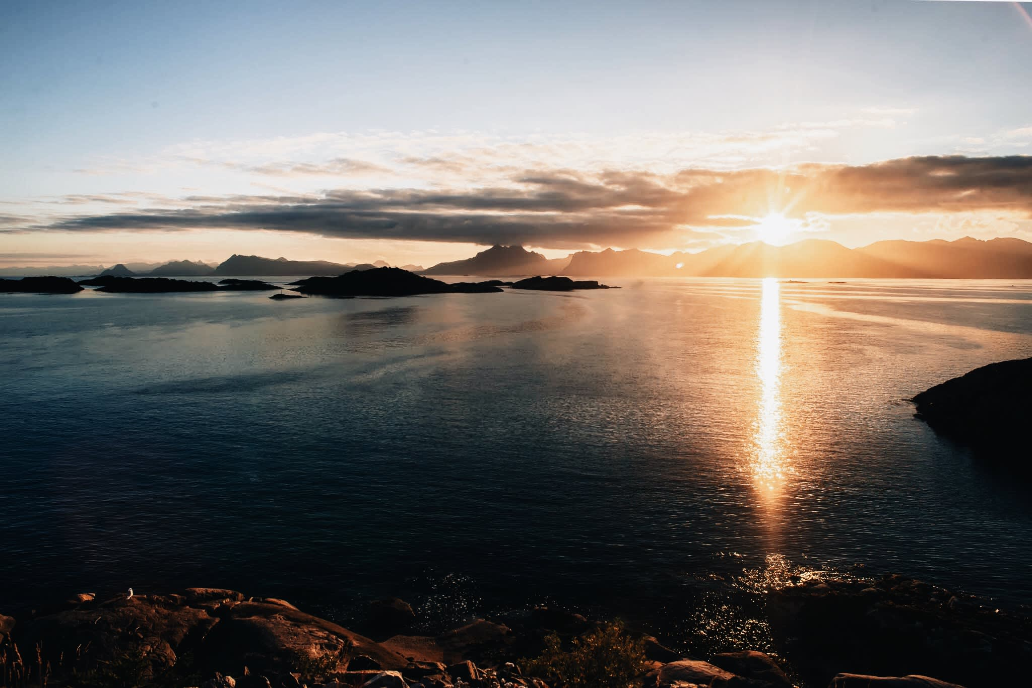 Sunshine, sea and islands