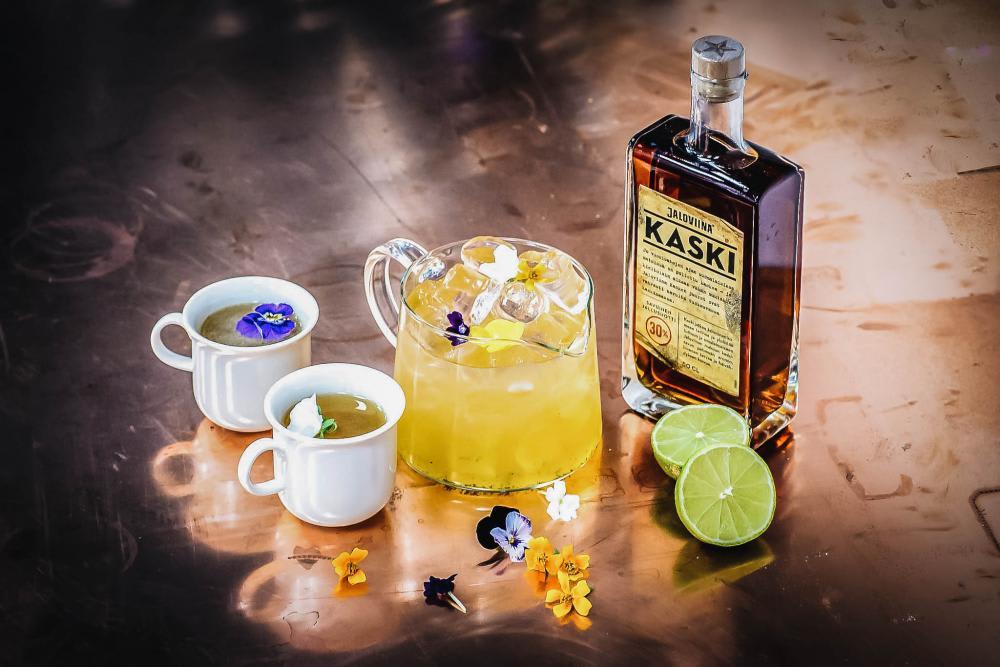 Jaloviina Kaski with Yasmine tea Flavors