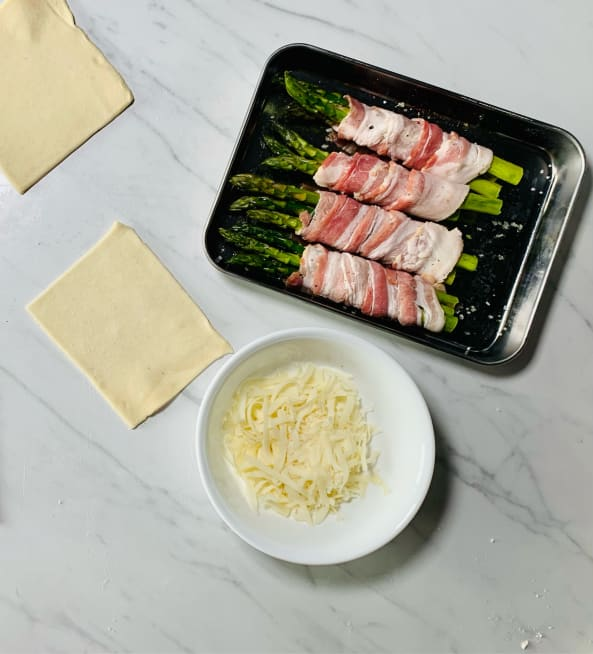 Assemble bacon-asparagus bundles