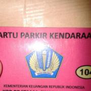 Ini kartu parkir nya unyu banget warna pink #GELIGILA