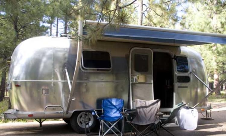 1973 Airstream Safari 23' in Phoenix, AZ : Awning on Safari