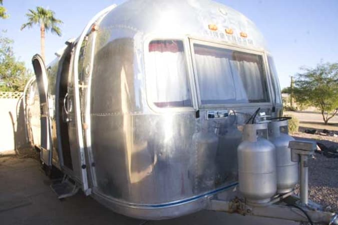 1970 Airstream Overlander 27' in Phoenix, AZ : Front Curb Side of the Overlander