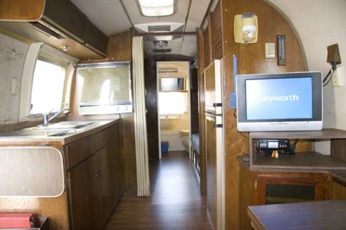 1970 Airstream Overlander 27' in Phoenix, AZ : Inside Looking Towards the Back
