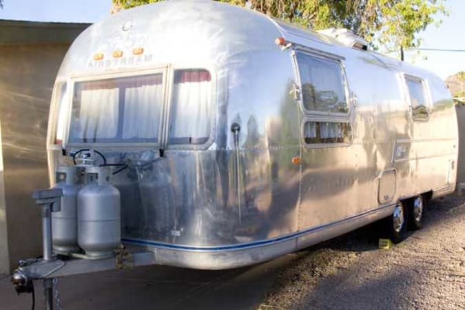 1970 Airstream Overlander 27' in Phoenix, AZ : Front Street Side of the Overlander
