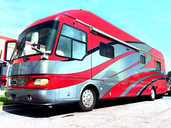 2006 Airstream Skydeck 40' in Hutto, TX : Skydeck 1
