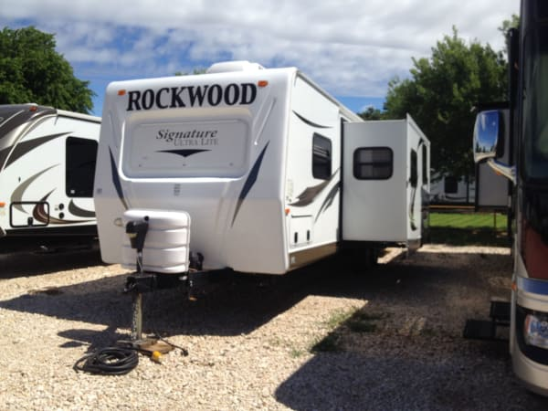 2012 Forest River Rockwood 1 32' in Hutto, TX : Rockwood 1
