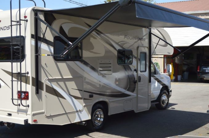 2019 Thor FourWinds 22E 22' in Portland, OR : 2019 Thor FourWinds 2E