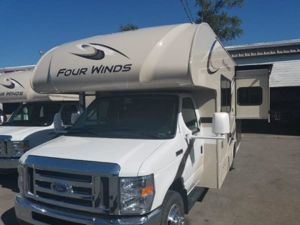 2020 Thor FourWinds 22B 22' in Portland, OR : 2020 Thor 22B 24.5ft.