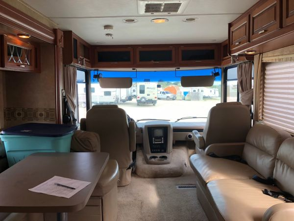 2011 Forest River Georgetown 34' in Hutto, TX : Georgetown