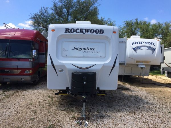 2016 Forest River Rockwood 2 32' in Hutto, TX : IMG 0001