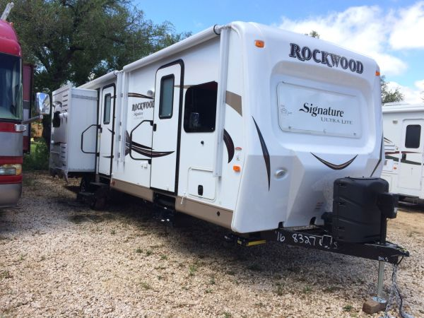 2016 Forest River Rockwood 2 32' in Hutto, TX : IMG 0002