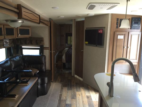 2016 Forest River Rockwood 2 32' in Hutto, TX : IMG 0007