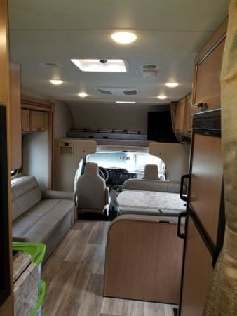 2020 Thor FourWinds-30D 32' in Portland, OR