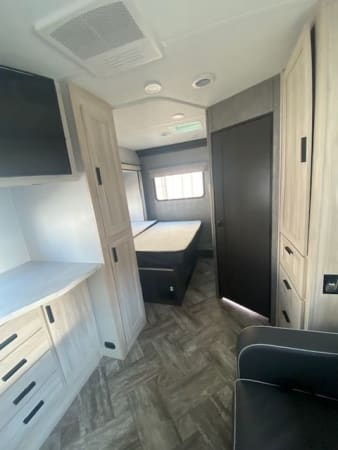 2022 Forest river Sunseeker DS ( Double slide) 28' in Portland, OR