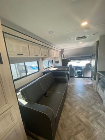 2022 Forest River Sunseeker 2550 DS (Double slide) 28' in Portland, OR