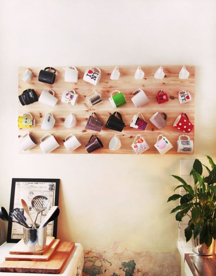 This Cute Mug Mural Is A Functional Way To Decorate Your Kitchen. You Wonu0027t  Have To Buy Wall Decorations, And Youu0027ll Free Up Some Cabinet Space.