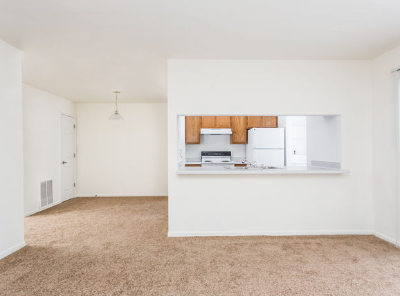 Island Club - Island Club Apartments located in Fort Wayne, IN offers a variety of exciting apartment floor plans to suit every lifestyle