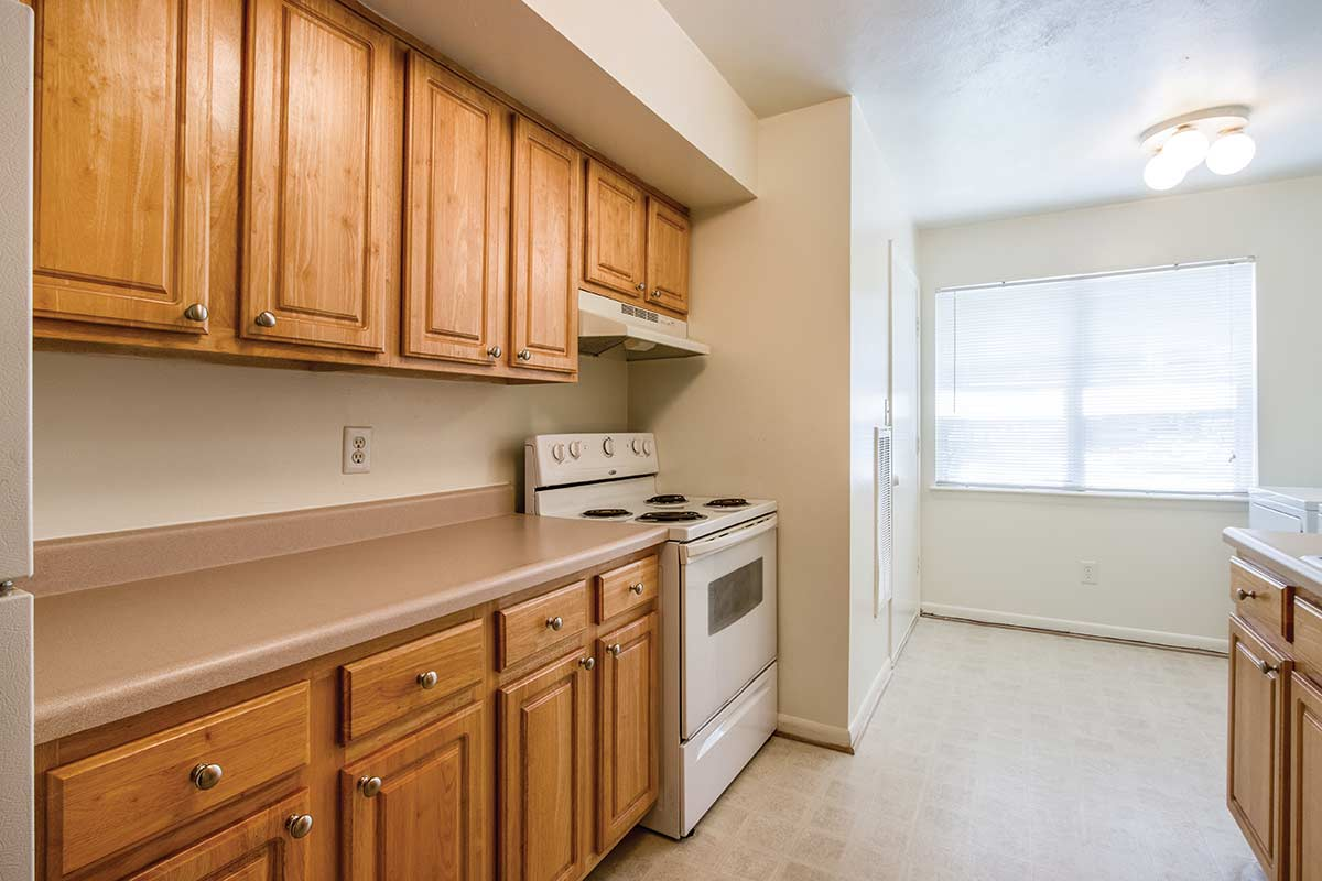 Heather Lake - Heather Lake Apartment Homes features one bedroom, two bedroom, and three bedroom apartments as well as three and four bedroom townhomes for rent in Hampton, Virginia