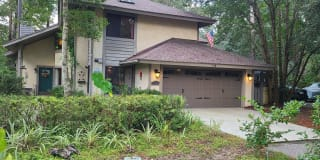 170 Sumter Square Photo Gallery 1