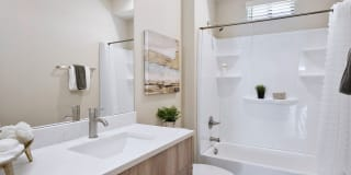 The Hardy Tempe Townhome Living Photo Gallery 1