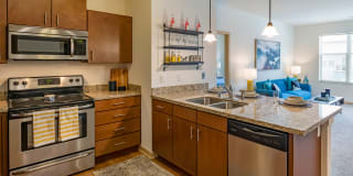 The Enclave Luxury Apartments Photo Gallery 1