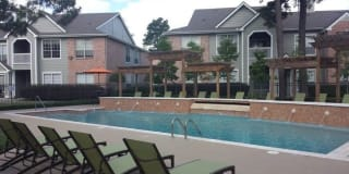 Evergreen at River Oaks Apartments Photo Gallery 1