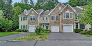 62 Amber Drive Photo Gallery 1