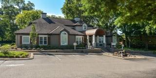 Nashboro Village Apartments Photo Gallery 1