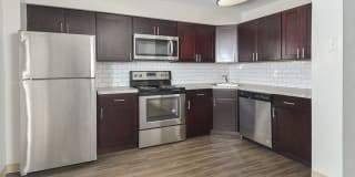 River Pointe Townhomes Photo Gallery 1