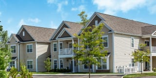 Canal Crossing Apartments Photo Gallery 1