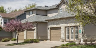 Pine Meadow Townhomes Photo Gallery 1