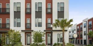 Mirrorton Apartments Photo Gallery 1