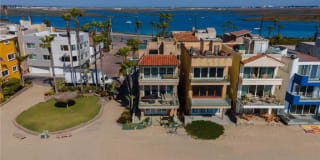 88 Surfside Avenue A Photo Gallery 1