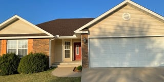 408 Hodge Dr Photo Gallery 1