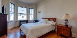 Richelieu Suites - Furnished Short-Term Rental Photo Gallery 1