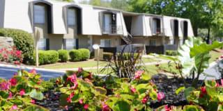 Ivy Ridge Apartments Photo Gallery 1