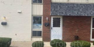 203 College Park Drive Photo Gallery 1